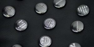 Underground England 59 white and black button badge