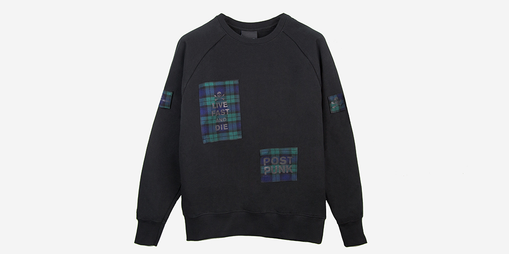 BLACK SWEATSHIRT WITH BLACK WATCH TARTAN PATCHES