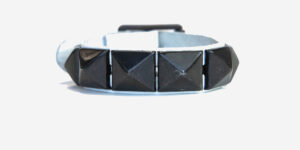 UNDERGROUND WRISTBAND – WHITE LEATHER – 1 ROW BLACK PYRAMID STUDS ACCESSORIES FOR MEN AND WOMEN