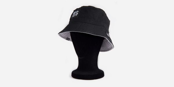PATCHES BUCKET HAT