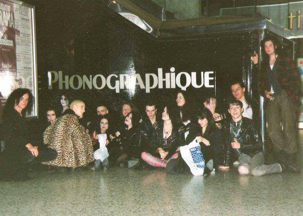 Photo of patrons of Leeds club Le Phonographique