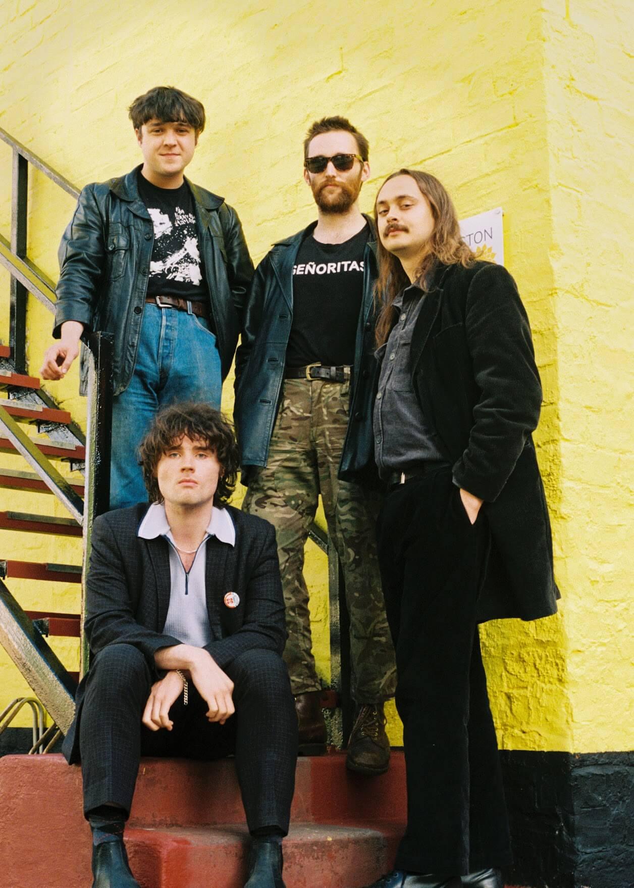 Perspex band photo - Underground blog