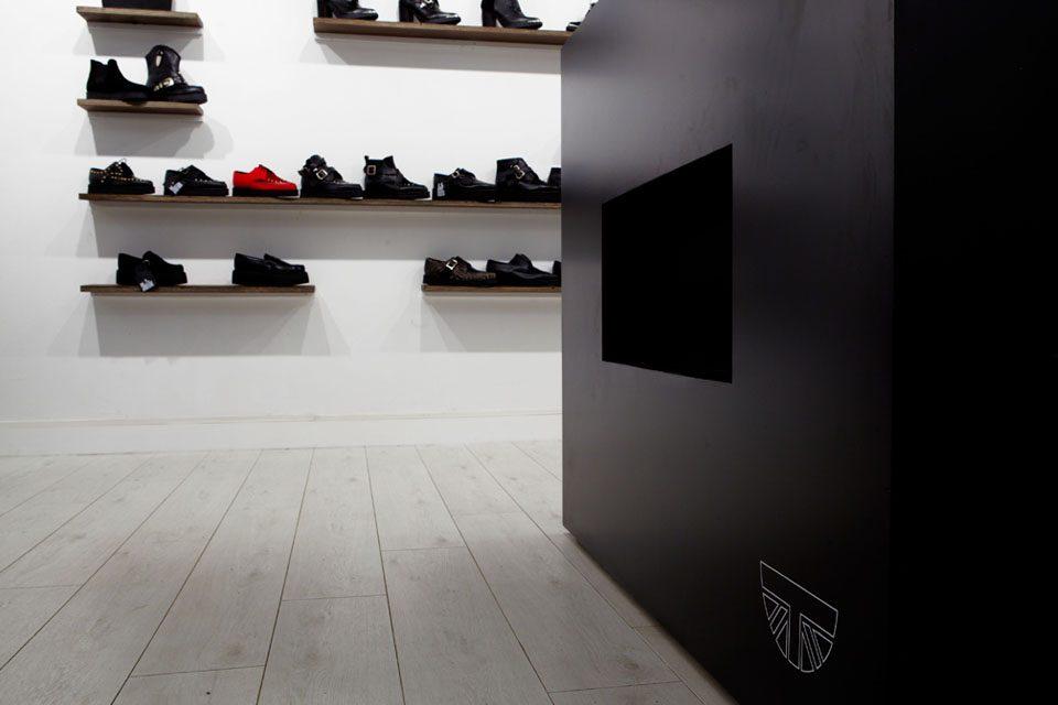 3.Paris-Under-Underground Brand Shoes Boots Clothing