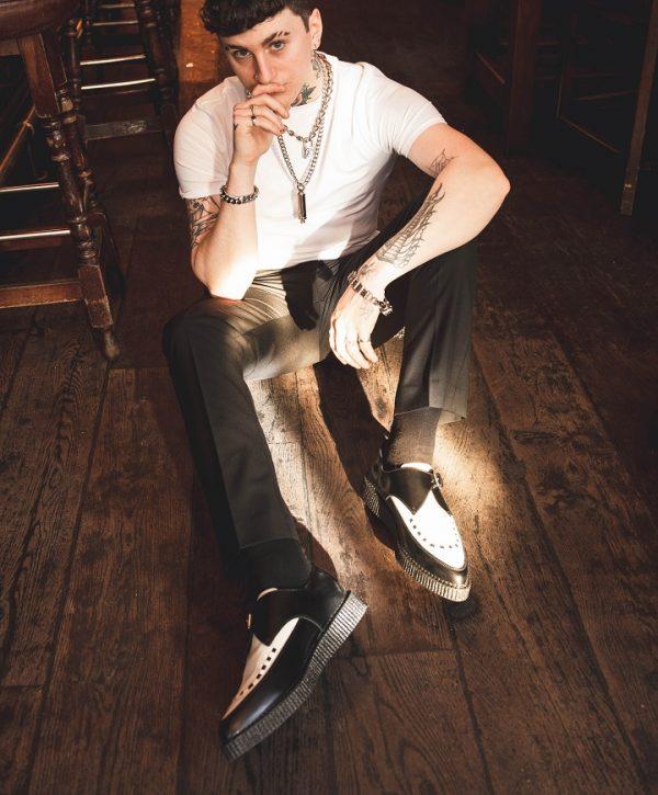 Black White Apollo Shoes